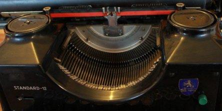Triumph Standard 12 - 193637 6